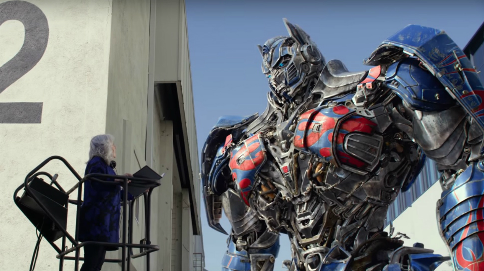 TRANSFORMERS: THE LAST KNIGHT Ad Reveals Optimus Prime's English Accent Coach